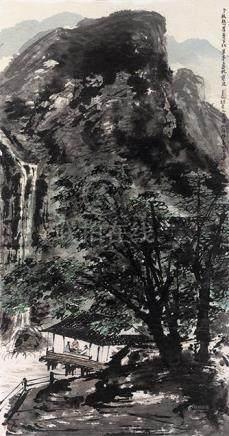 老樹懸崖葉半秋