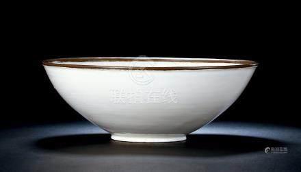 北宋定窑素纹大碗