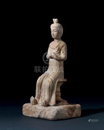 唐白石雕仕女坐像