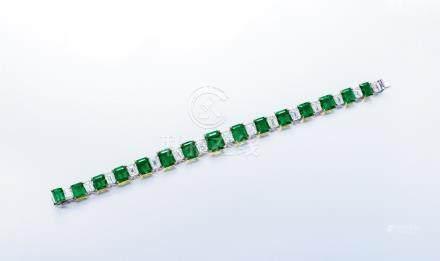 總重約24.89克拉祖母綠配鑽石手鏈