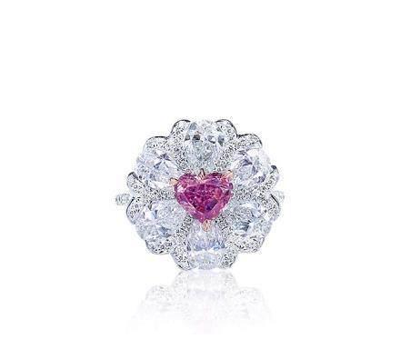 1.09克拉豔彩紫粉色配鑽石戒指