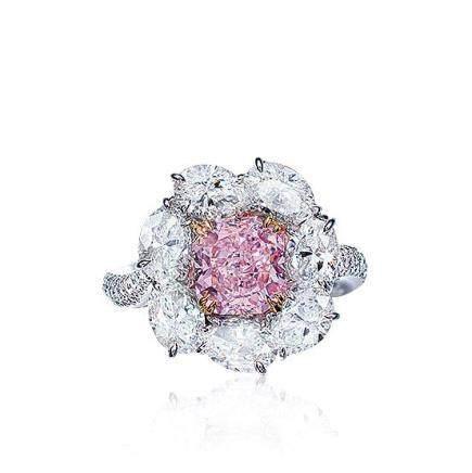 2.05克拉天然彩紫粉色Type IIa鑽石配鑽石戒指,淨度內部無暇