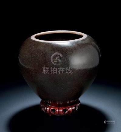 元黑釉镶铜口钵式缸
