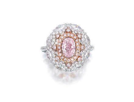 1.11克拉天然淡粉紅色鑽石配粉紅色鑽石及鑽石戒指