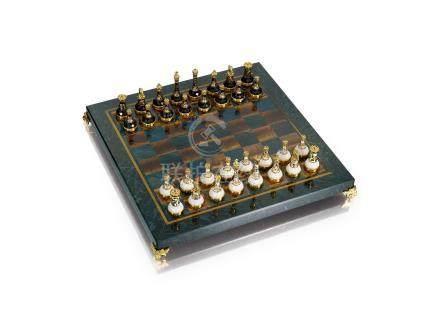 精美象棋配棋盤, Moiseikin