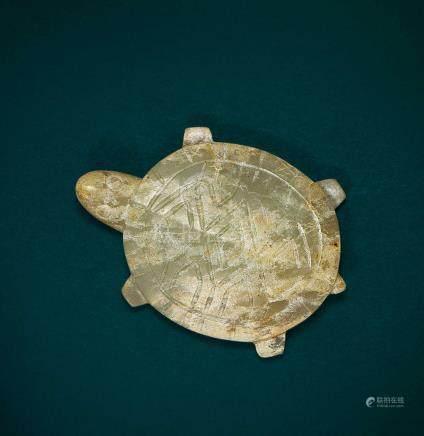 白玉灰皮沁龜(西周)