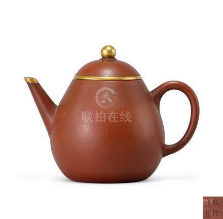宜興紫砂梨形壺(清乾隆)
