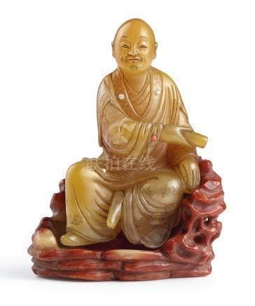 十七世紀   田黃雕羅漢坐像《尚均》款