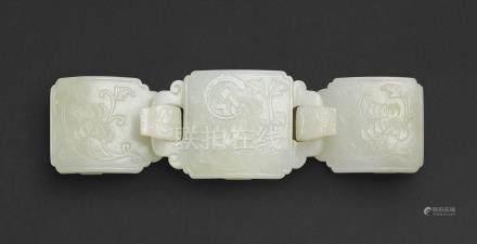 清十七至十八世紀   白玉雕牡丹螭龍首帶鉤
