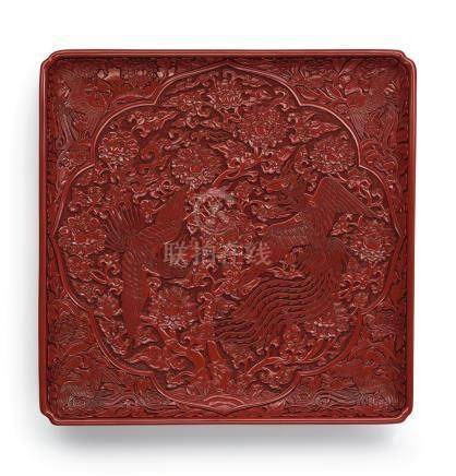 明宣德   剔紅穿花雙鳳紋倭角方盤《大明宣德年製》款