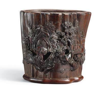 十七世紀    沉香木雕山村歸客圖筆筒