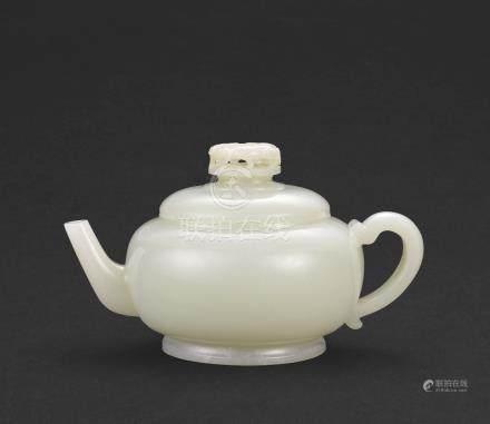 清乾隆   白玉茶壺