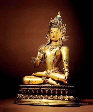 十七世紀 西藏 銅鎏金嵌寶石觀音觀音