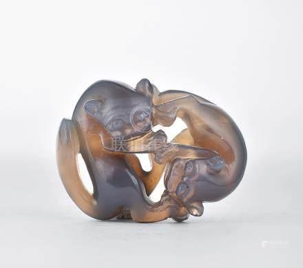清 瑪瑙雙獾擺件