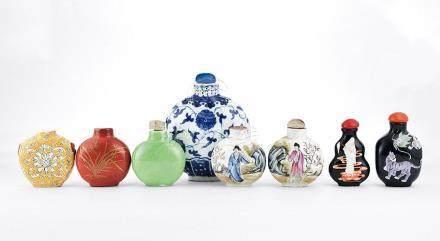 清 各式瓷煙壺 八件