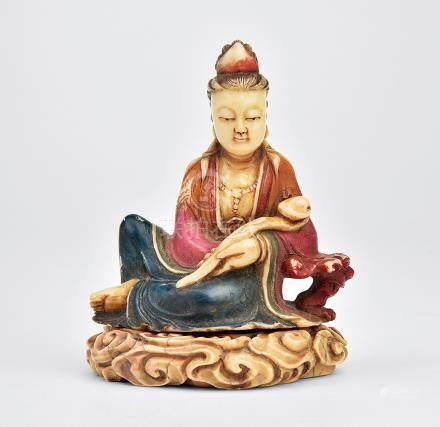 清 壽山石雕如意觀音