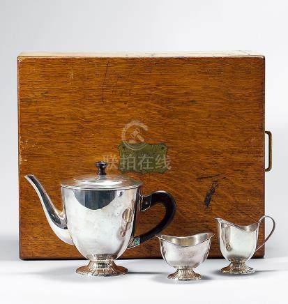 銀製壺杯套件