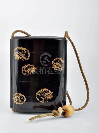 漆木填金龍紋香盒
