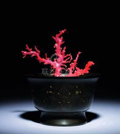 明  銅錯金銀盂紅珊瑚盒景