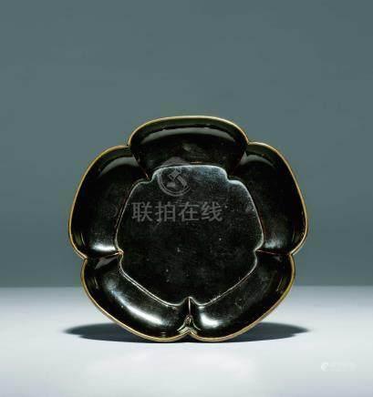 宋  素黑漆梅花盤