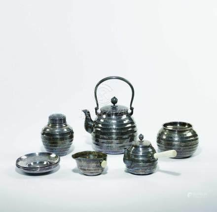 羽田造 純銀煎茶器一套 茶壺兩件,茶罐,茶量,茶托五件,分茶器,建水共十一件