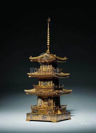 京都駒井 鐵錯金三重寶塔