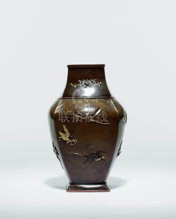 金工相嵌昆蟲花瓶