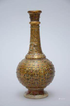 An Indian vase in alabaster with gilt decoration