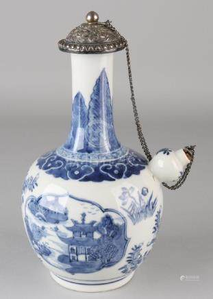 17th - 18th Century Chinese porcelain Ghendi can with