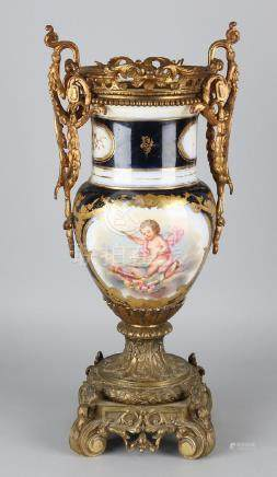 Beautiful 19th century French porcelain Sevres vase