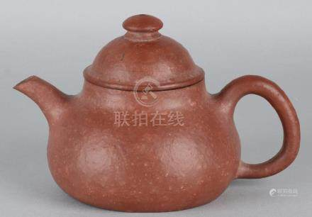 Old / antique Chinese porcelain teapot with a ridged