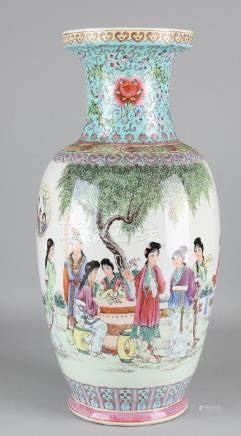 Large old Chinese porcelain ornamental vase with