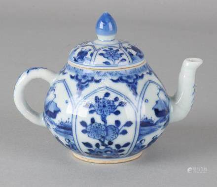 18th - 19th Century Chinese porcelain Kang Xi-style pot