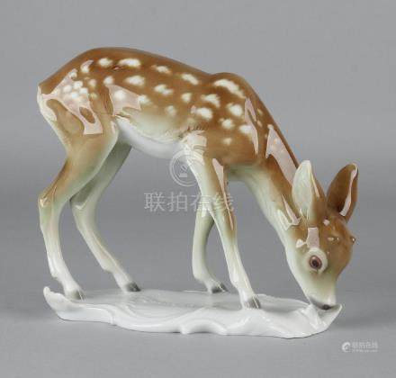 German porcelain fawn. Metzler + Ortloff. 20th century.
