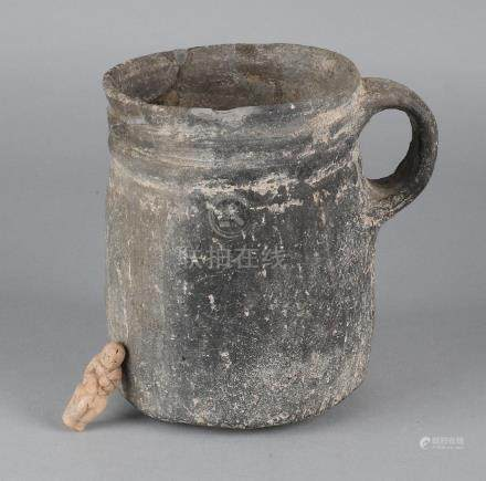 Soil discovery. Terracotta jug (antiquity). Presumably