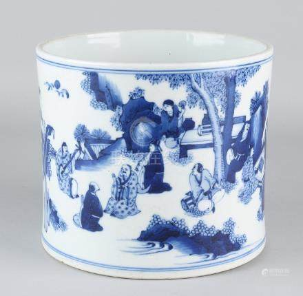 Very large old Chinese porcelain brushpot with figures