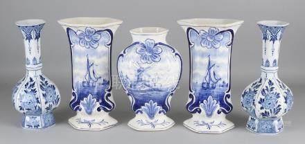 Five old / antique Delft blue vases. 20th century.