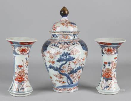 18th Century Chinese porcelain Imari cabinet set.