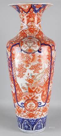 Very large 19th century Imari porcelain ornamental vase