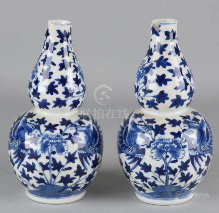 Two old Chinese porcelain knobbases with four