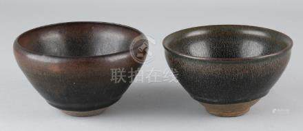 Two old Chinese brown glazed porcelain bowls. Size: 6.7