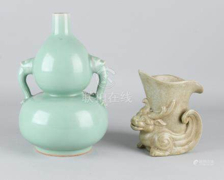Two old Chinese porcelain vases. Among others: Brown
