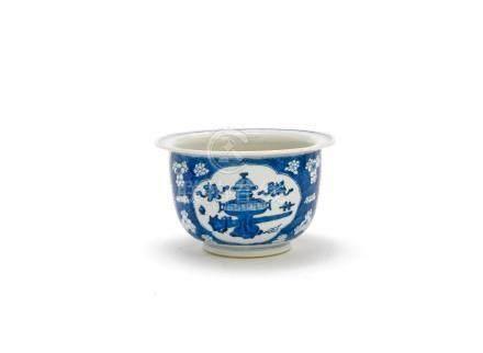 A blue and white jardinière Kangxi