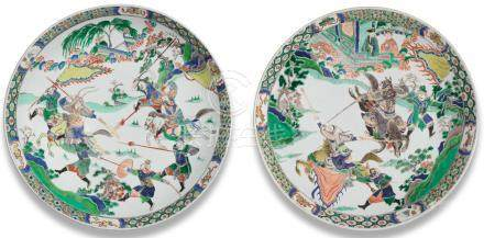 A fine pair of large famille verte 'Three Kingdoms' saucer-dishes Kangxi (2)