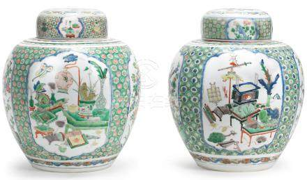 A pair of famille verte jars and covers Kangxi (4)