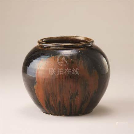 金代 黑釉锈花纹罐