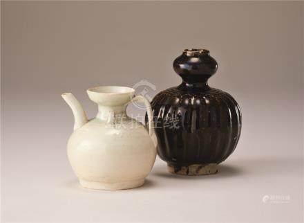 宋代 青白瓷执壶及黑釉葫芦瓶