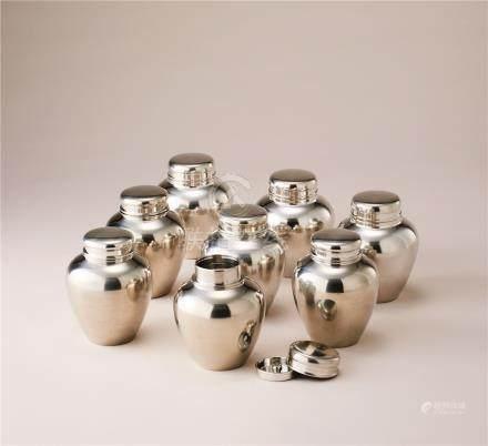 锡制茶叶罐一组 (一组八件)