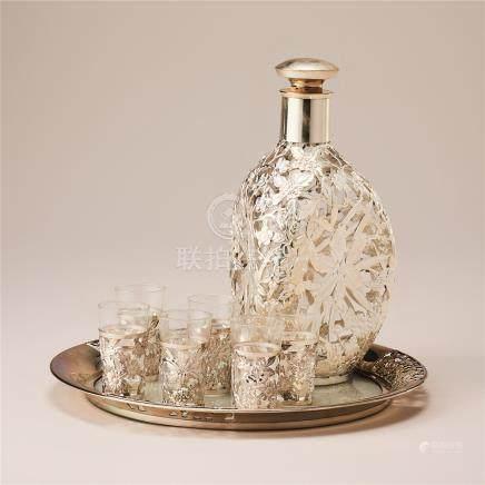 玻璃镶银酒器 (一组)