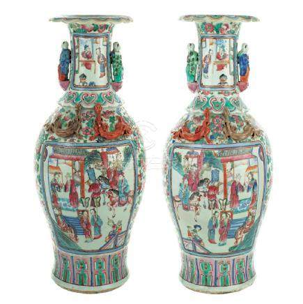 A pair of Canton porcelain baluster vases China, end